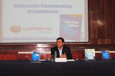 PRESENTACIÓN. Director de Publicaciones Carlos Caycho Paredes.